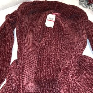 NWTO Hippie Rose maroon soft sweater